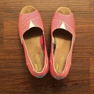 TOMS Red and White Striped Classic Wedges, 8.5